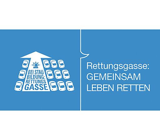 Wichtiger Tipp für Urlauber, die mit dem Auto nach oder durch Österreich reisen: Rettungsgassen sind bei Staubildung Pflicht auf Österreichs Autobahnen und Schnellstraßen.