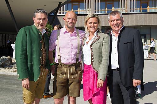 http://www.apa-fotoservice.at/galerie/4255/ Schladminger Gipfeltreffen - Eröffnungsfeier des Falkensteiner Hotel Schladming. Im Bild: v.l.n.r.: Otmar Michaeler, Michael Tritscher, Alexandra Meissnitzer, Erich Falkensteiner.
