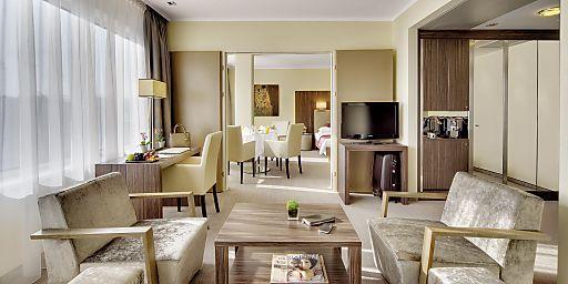"""""""Triple Seven Suite"""": Moderne Wohlfühlatmosphäre auf luxuriösen 155"""