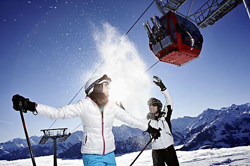 Das atemberaubende Panorama der 3.000er des Nationalparks Hohe Tauern versetzt so manchen Skifahrer ins Staunen.