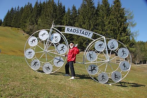 Speziell für die Radstädter Ausstellung wurde von Dieter Senft, einem Velodesigner aus Storkow bei Berlin, auch ein eigenes Radstadt-Rad konstruiert.