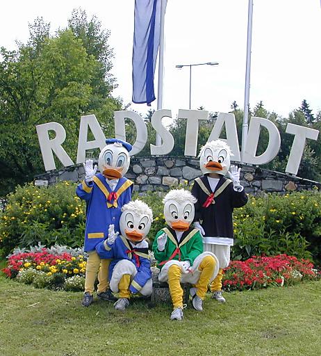 """Einmal im Jahr, egal bei welchem Wetter, haben in Radstadt die Kinder das Kommando beim """"Kindertag"""", dem größten Kinderfest im Salzburger Land."""