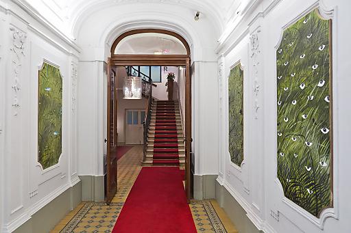 Bild Junge Kunstler Gestalten Eingangsbereich Im Hotel Altstadt