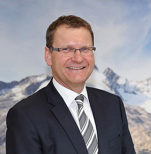 Alpenvereinspräsident Dr. Andreas Ermacora zeigt sich überrascht über die Zustimmung der ÖVP zur Erschließung der Kalkkögel.
