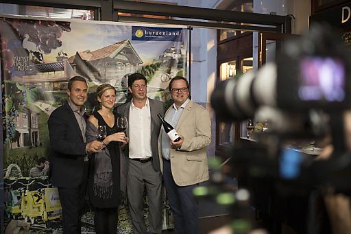 Bei einer exklusiven Wein- und Genussveranstaltung stimmte Burgenland Tourismus Meinungsmacher aus der ungarischen Tourismusbranche auf das weinkulinarische Burgenland ein.