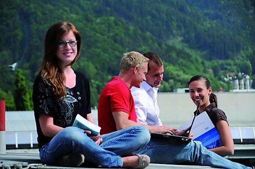 Die aktuelle THE ICE Studie bescheinigt dem MCI Tourismus-Department hervorragende Bewertungen in Qualität der Lehre, Gesamtzufriedenheit und weltweit bestem Standort