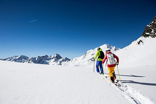 Viele interessante Workshops, traumhafte<br /> Skitouren und eine riesige Test-Area machen die Tiefschneetage in Kühtai auf 2.020 Metern Seehöhe zu einem Event der Spitzenklasse für Skitourengeher.