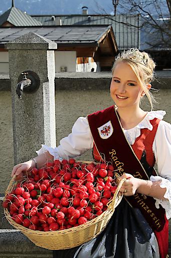 Radieschenprinzessin Julia aus Thaur bei Hall in Tirol