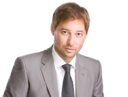"""Mag. Bernhard Klein, MBA leitet bei APA-Campus das Seminar """"Tourismus Destinationen erfolgreich vermarkten"""" am 16. Juni 2015"""