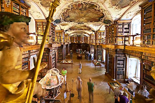 Grand Tour Highlight St.Gallen - St.Gallen Stiftsbibliothek