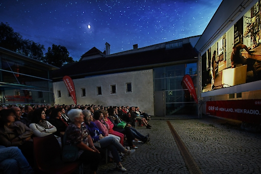 Open Air Kino täglich ab ca. 21:00 Uhr