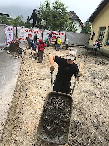Ausgrabungs-Team des OÖ Landesmuseum und Uni Innsbruck auf der Grabung in Hallstatt: Römischer Vicus Hallstatt