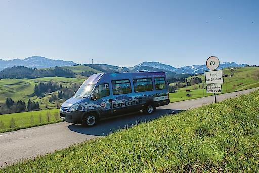 Der weltweit erste elektrische Tourbus unterwegs im Entlebuch