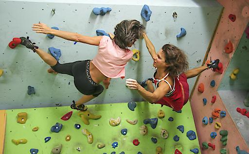 Singletreff: In der ÖTK-Kletterhalle den richtigen Partner finden: www.kletterhalle.at