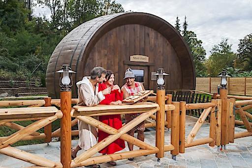 Most-Fassl, das wohl größte Mostfass der Welt wird als Event-Sauna betrieben.