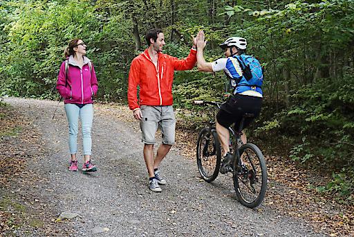 BILD zu TP/OTS Ein wesentlicher Bestandteil für ein respektvolles Miteinander zwischen WanderInnen und RadfahrerInnen sind die Fair-Play-Regeln, die derzeit gemeinsam mit führenden Sport- und Radverbänden formuliert werden.