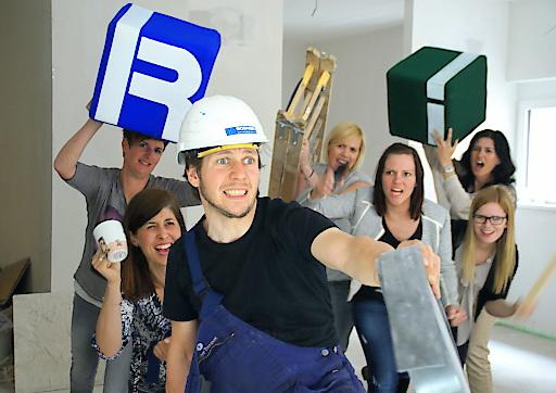 Interalp gegen die Handwerker - wir ziehen schon ein ins neue Office in Kufstein!