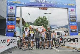 Bild zu Fulminanter Tour-Transalp-Start in Imst