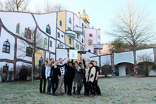 Innerhalb der letzten 12 Monate wurden über 70.000 unterschiedliche Stimmen via www.thermencheck.com Community abgegeben & Rogner Bad Blumau reiht sich wie letztes Jahr schon im Spitzenfeld ein und erreicht diesmal GOLD.