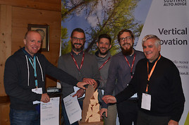 Bild zu Disrupt the ski pass - Slopestars.cc gewinnt Innovationspreis bei Dolomiti Superski