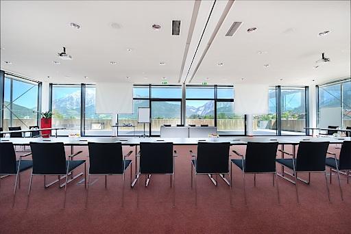 A z roofing siding better business bureau profile