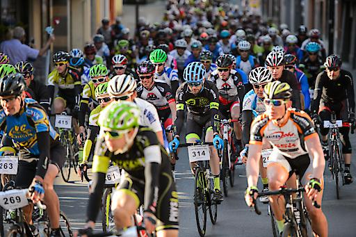 Mit dem 2. Imster Radmarathon, dem 1. Imsterberger Kurbelsprint sowie dem neuen Tiroler Rennradcup begeistert die Ferienregion Imst als langjähriger Etappenort der TOUR Transalp und der bike Transalp einheimische und internationale Radsportfans.