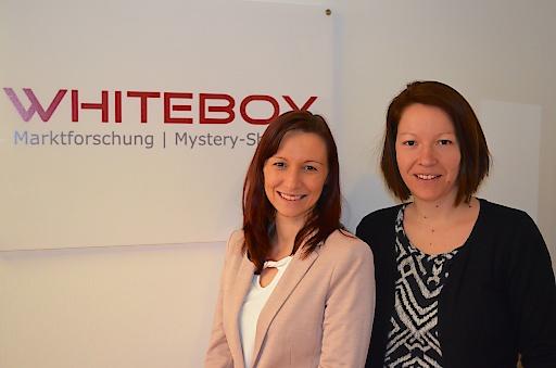 li. Daniela Höllerbauer (Geschäftsführerin Whitebox) und re. Studienautorin Sabine Postlmayr