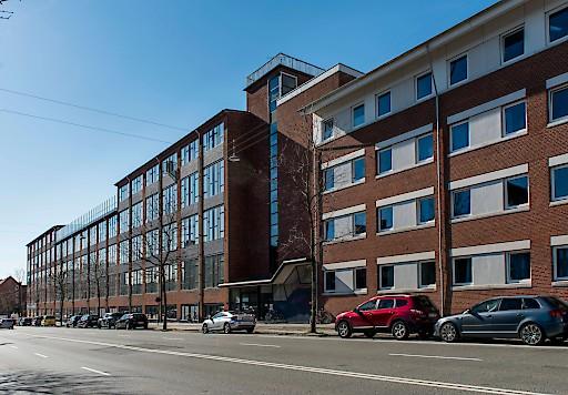 Der vierstöckige Neubau bietet Platz für über 600 Gäste, die Kopenhagen günstig wie nie erleben können.