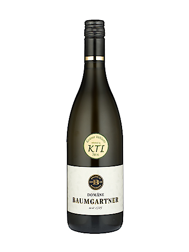 """Der Grüne Veltliner Premium 2016 KTI von Katharina Baumgartner wurde bei der """"New York Wine Competition"""" mit Doppelgold ausgezeichnet."""