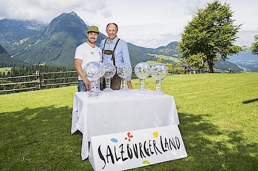 Saisonausblick vor herrlichem Panorama: Marcel Hirscher lud zum Sommergespräch am Winterstellgut in seinem Heimatort Annaberg-Lungötz.