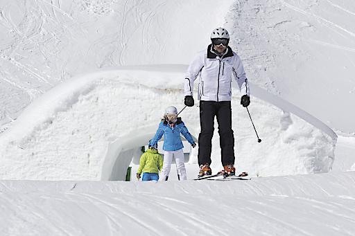 Ab diesem Winter im Snowpark: die neue Family-Line. Mit flacheren Schanzen und Obstacles bietet Spaß pur für die ganze Familie.