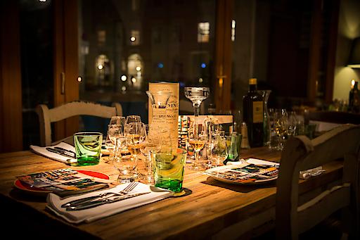 eat & meet: Ein Monat voll von sinnlichen Erlebnissen, höchstem Genuss und spannenden Gesprächspartnern.