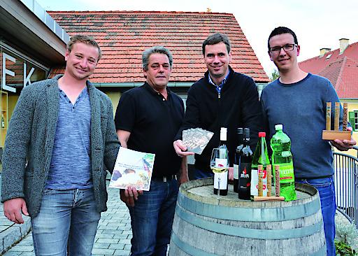 Freuen sich schon auf die Verkostungsreihe: die Winzer aus Klöch Tieschen Daniel Tegel, Christian Gschaar, Fritz Frühwirt und Alois Gollenz (v. l.)