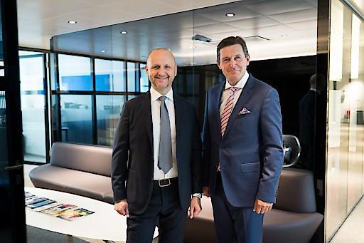 Tourismusdirektor Norbert Kettner (links) und Peter Hanke (rechts), Wiens Stadtrat für Finanzen, Wirtschaft, Digitalisierung und Internationales sowie neuer Präsident des WienTourismus