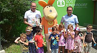 """Der 2. Family Run am 23. Juni 2018 in der Sonnentherme Lutzmannsburg war nicht nur in sportlicher Hinsicht wieder ein voller Erfolg, sondern stand auch – wie im Vorjahr – unter dem Motto """"Laufen & Helfen"""". Pro gelaufenen Kilometer der insgesamt 170 Teilnehmer gingen wieder € 1,- des Startgeldes an das SOS Kinderdorf in Pinkafeld."""