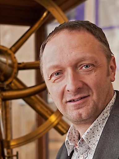 Prof. Dr. Franz Kerschbaum vom Institut für Astrophysik der Universität Wien