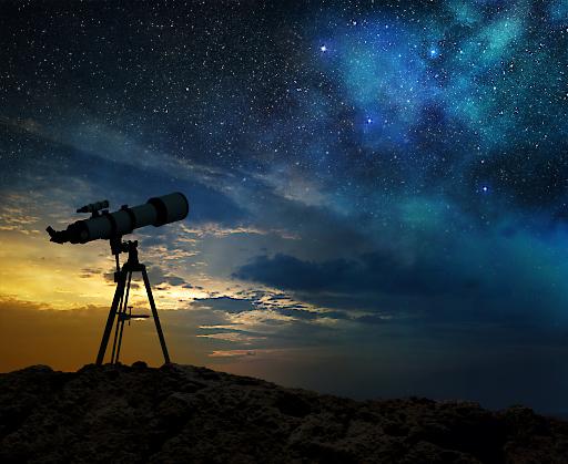 Der Blick in den Nachthimmel fasziniert die Menschheit schon seit Jahrtausenden.