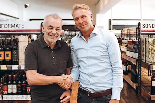 vlnr. Heinz Kammerer (Gründer WEIN & CO), Thorsten Hermelink (Vorstandsvorsitzender Hawesko Holding AG)