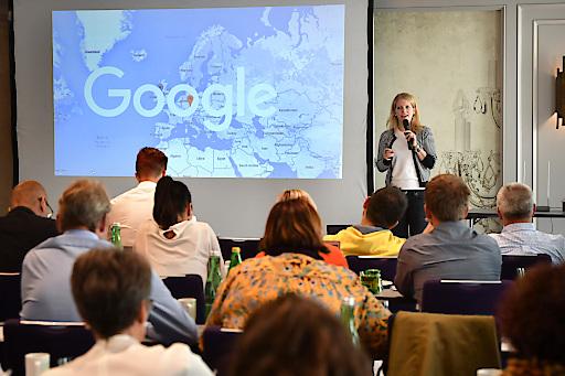 Beim diesjährigen BÖTM Top-Seminar in Wien diskutierten über 90 Tourismusmanager und Experten darüber, welche Rolle Destinationen im Zeitalter der Digitalisierung künftig einnehmen.