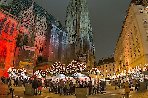 BILD Zu OTS - Weihnachtsmarkt am Stephansplatz 1010 Wien, Stephansplatz