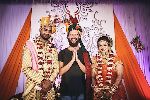 """""""Atithi devo bhava"""" (Gast ist Gott): So wurde Christoph Pehofer von seinen indischen Hosts behandelt. Hier zu sehen bei einer indischen Hochzeit"""