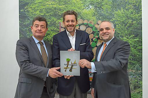 Ottrubay, Mahrer und Grün bei der Präsentation des fünften Nachhaltigkeitsberichts in der Organerie des Schlosses Esterházy in Eisenstadt.
