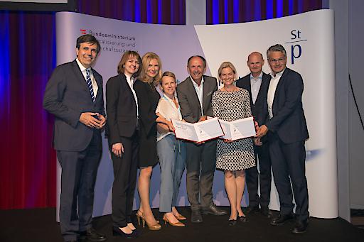 Die Partner der AG Stille Nacht nahmen den Staatspreis Marketing bei der Preisverleihung in Wien entgegen.