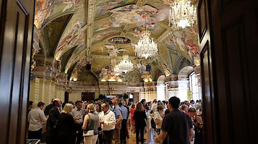 Verkostung der Salonweine und Sieger im Palais Niederösterreich
