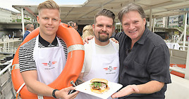 Bild zu Der DDSG Captain's Burger sticht in See