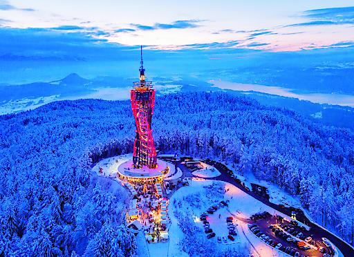 Ein beliebtes Ausflugsziel auch im Winter - Aussichtsturm Pyramidenkogel