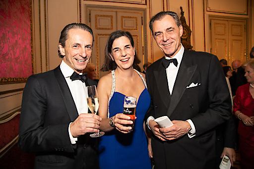 Gratulierten der Tanzschule Elmayer zum Jubiläum: Christian Rainer, Christiane Wenckheim mit Ehemann Eugen Otto.