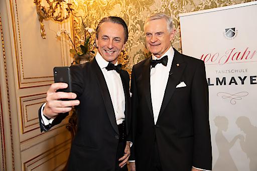 Ein Selfie zum Jubiliäum: Christian Rainer und Thomas Schäfer-Elmayer