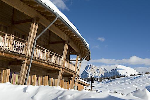 Direkt an den Loipen gelegen ist das Seiser Alm Urthaler perfekter Ausgangspunkt für Wintersportler.