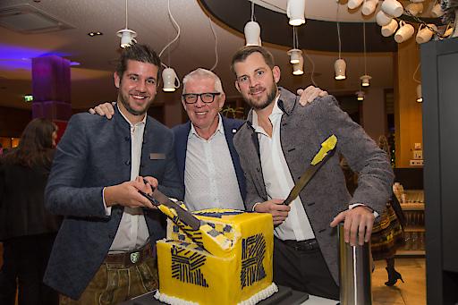 Hoteldirektor Mario Pabst mit den Hoteliers Ernst und Florian Mayer (vlnr)